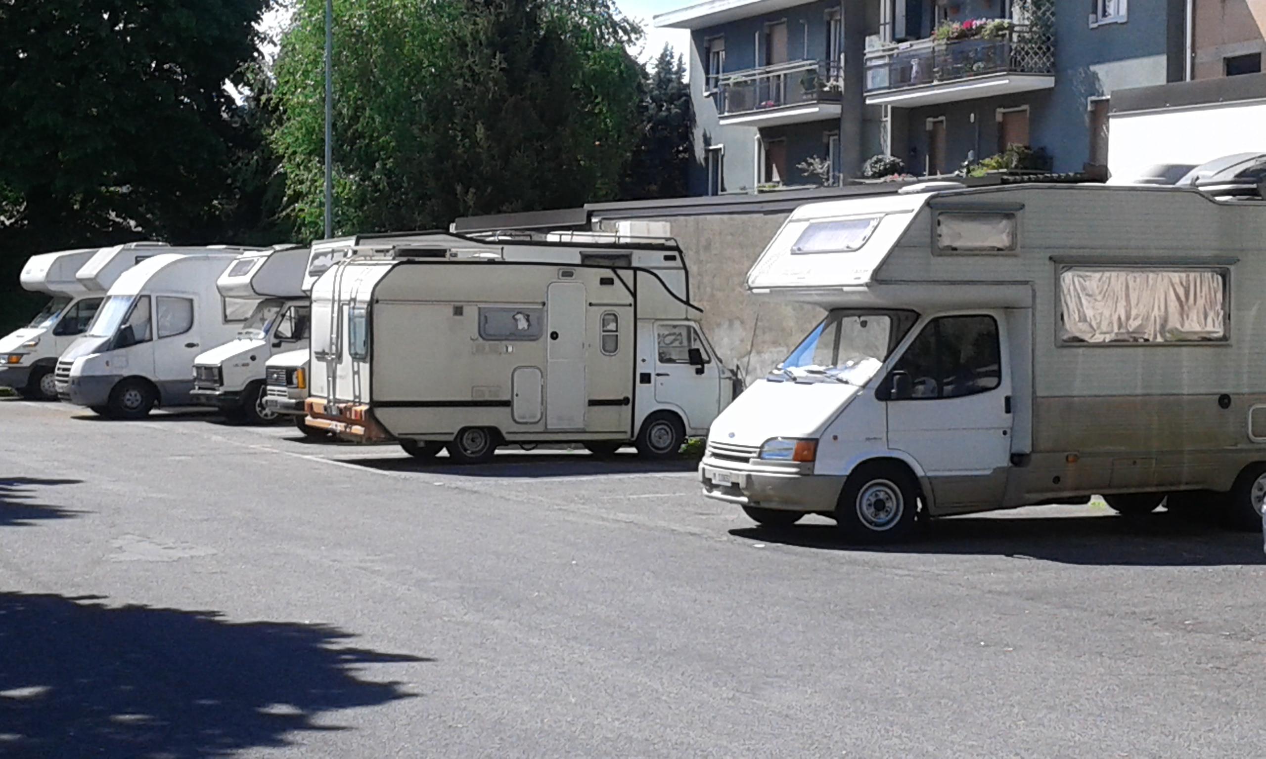 parcheggio via caravaggio